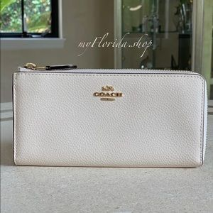 cc05f5d7e11 Women's White Coach Handbags | Poshmark